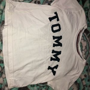 Tommy crop top shirt !